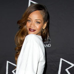 Rihanna 8000 dollars dans le string d'une strip-teaseuse [VIDEO]