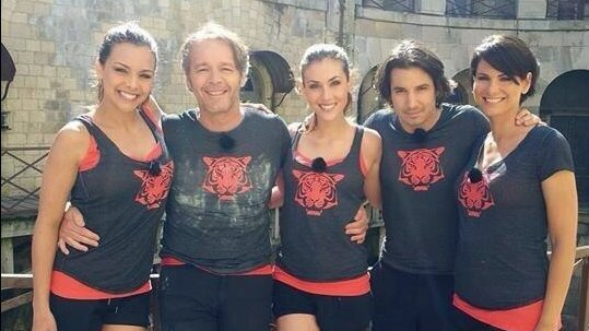 ce soir la t l fort boyard avec miss france 2013. Black Bedroom Furniture Sets. Home Design Ideas