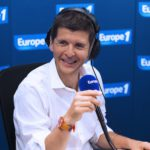 The Voice : Thomas Sotto réveille Nikos Aliagas