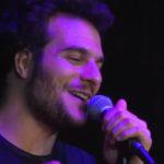 Amir reprend «She Will Be Loved» de Maroon 5  chez Nikos |VIDEO|