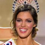 Miss Univers : Iris Mittenaere en couple avec Camille Cerf ?