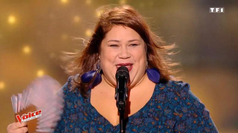 La prestation d'Audrey bouleverse le jury, en larmes — The Voice
