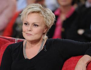 Muriel robin bient t de retour avec un nouveau spectacle stars actu - Muriel robin on n est pas couche ...
