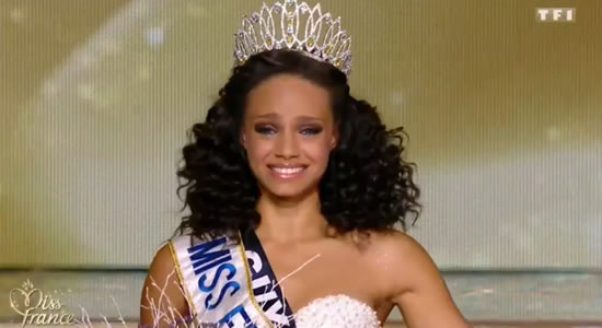 Miss France 2017 (capture écran TF1)