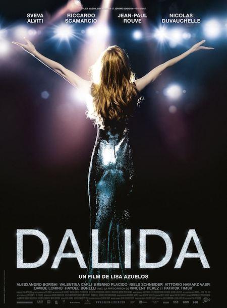 """Box-office : le biopic """"Dalida"""" en tête des 1ères séances, flop pour Sean Penn"""