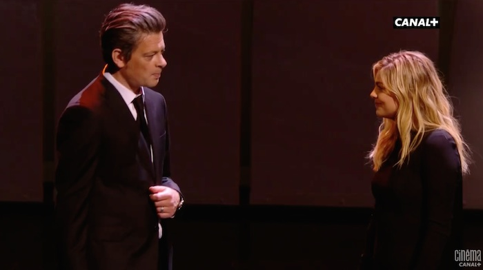 Festival de Cannes : Louane et Benjamin Biolay chantent Nougaro (VIDEO)