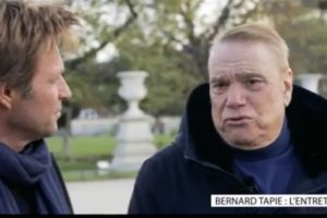 Bernard Tapie se confie sur son cancer (VIDEO)