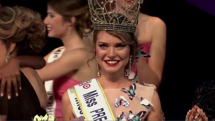 Char­lotte Depaepe élue Miss Prestige National 2018