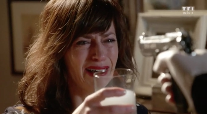 """Ce soir dans """"Demain nous appartient"""" : Flore est-elle morte ? (résumé + vidéo 22 mars)"""