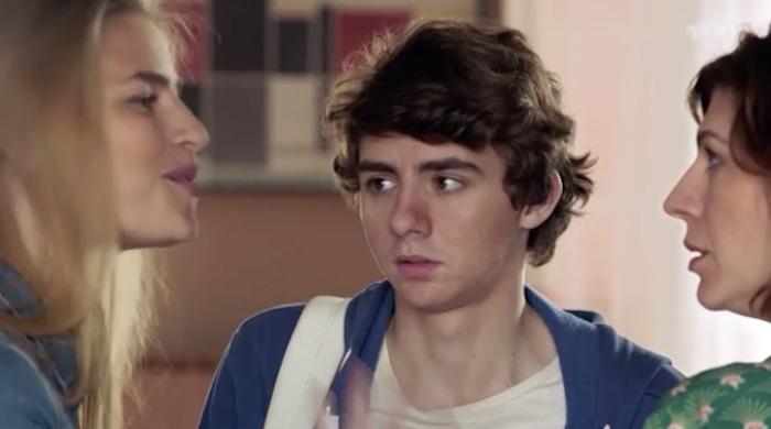 """Ce soir dans """"Demain nous appartient"""" : Lucas a les résultats de son bac blanc (résumé + vidéo DNA 3 mai)"""