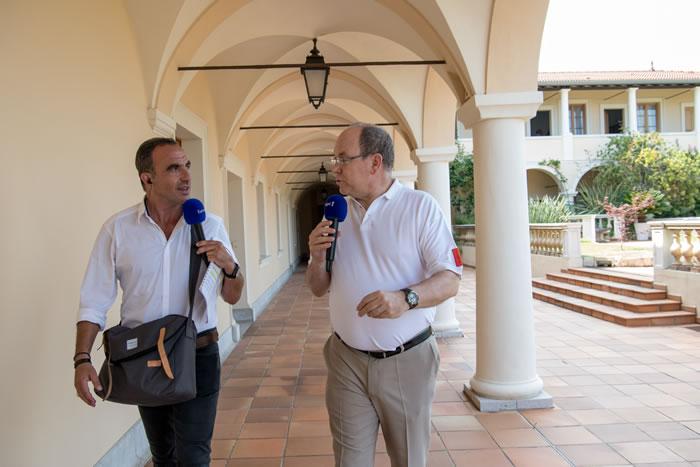 Nikos Aliagas en balade avec S.A.S le prince Albert de Monaco