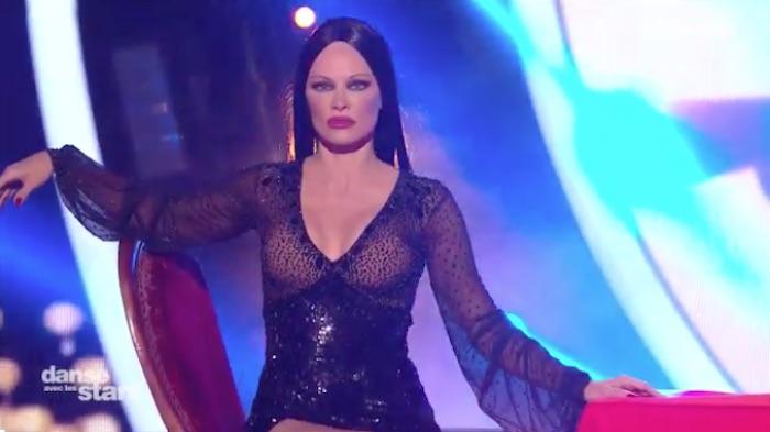Danse avec les Stars 9 : de retour, Pamela Anderson fait sensation (VIDEO)