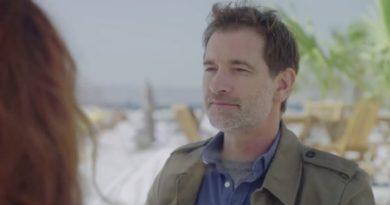 Plus belle la vie en avance : Clément se rapproche de Delphine (vidéo PBLV épisode n°3918)