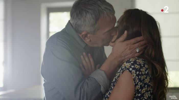 Un si grand soleil en avance : Victor et Adèle s'embrassent (résumé + vidéo épisode n°315 du 8 novembre)