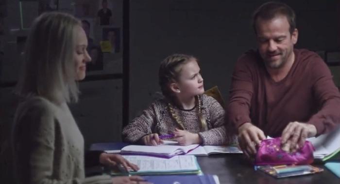 Plus belle la vie en avance : Jean-Paul présente Irina à Lucie (vidéo PBLV épisode n°4027)