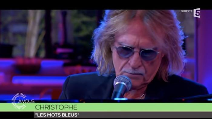 Coronavirus : le chanteur Christophe est dans le coma