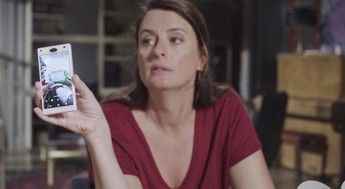 Plus belle la vie en avance : Luna trouve une preuve (vidéo PBLV épisode n°4072)