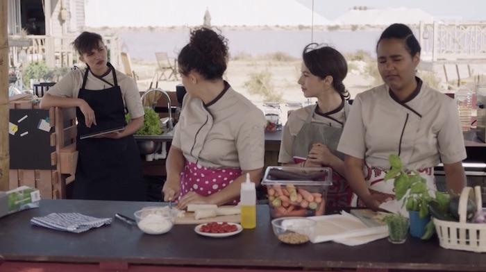Ici tout commence spoiler : Teyssier passe commande aux soeurs Rivière (VIDEO)