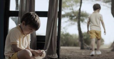 Demain nous appartient du 11 août : William rêve de Cyril, son frère jumeau (résumé + vidéo épisode 989 en avance)