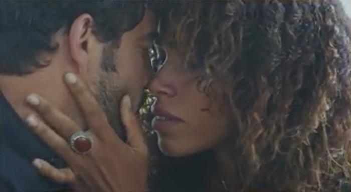 Plus belle la vie en avance : Fanny et Vidal, le bisou ! (vidéo PBLV épisode n°4344)