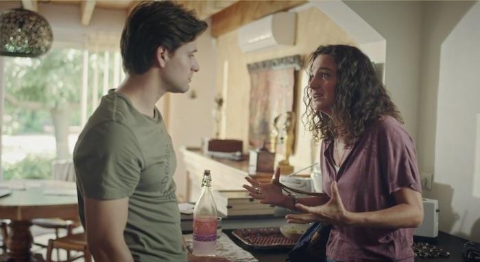 Plus belle la vie en avance : Emma recadre sèchement César (vidéo PBLV épisode n°4384)